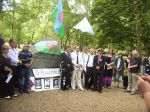 Roma Holocaust commemorial in Hyde Park 2013.jpg